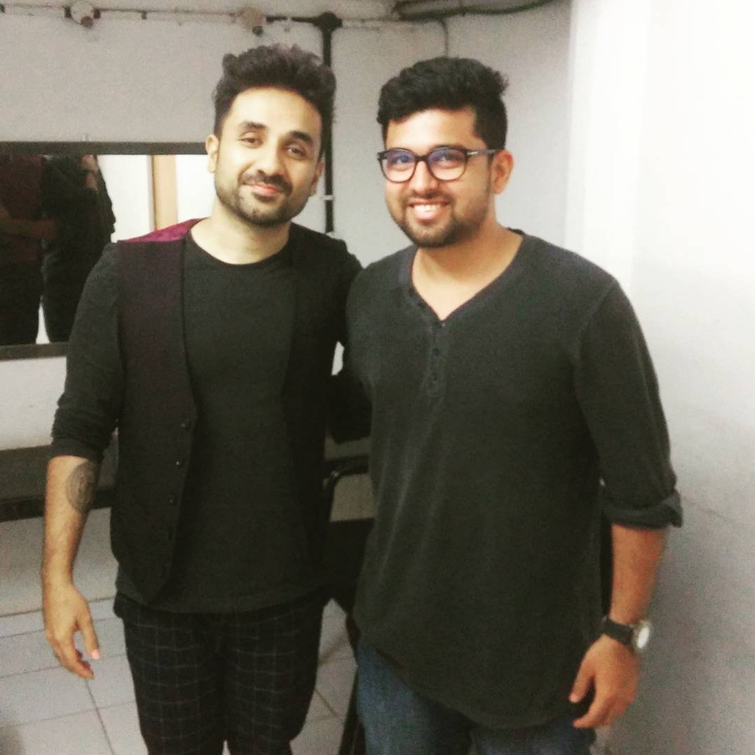 Handled the production, logistics & social media of @virdas for three days, three cities & 4 shows... Had an amazing experience ... Thank You so much @thecomedyfactoryindia & @instafunny_manan for giving me this opportunity... #vadodara #surat #ahmedabad #standup #unbelievable #virdas #production #weirdass #comedy #show #like4like #followforfollow #followme #nautanki