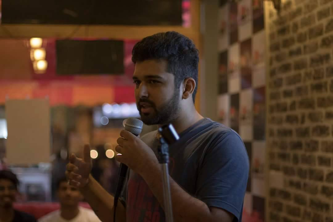 I just love performing at StandUp Comedy Open Mic Nights... #nautanki #comic #comedian #comedy #standup #standupcomedy #thejokingcompany #gujju #vadodara #openmic