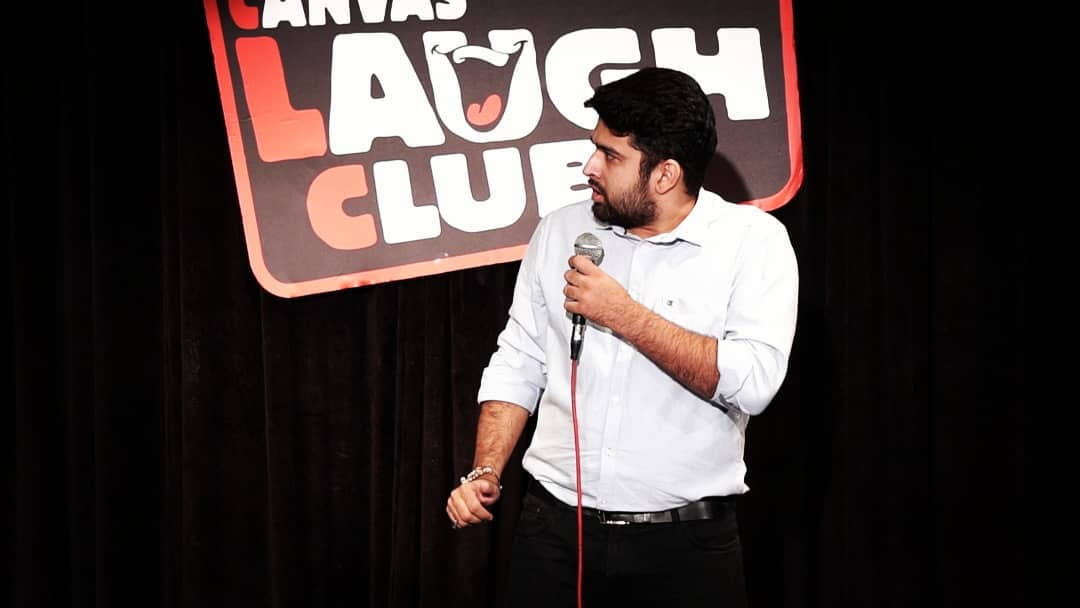 Deep Vaidya,  nautanki, thecomedyfactory, tcf, tcfindia, canvaslaughclub, mumbai, gujarati, gujju, standupcomedy, standup, comedy, comedian, comic, jokes, clc, throwbackthursday, throwback, tbt