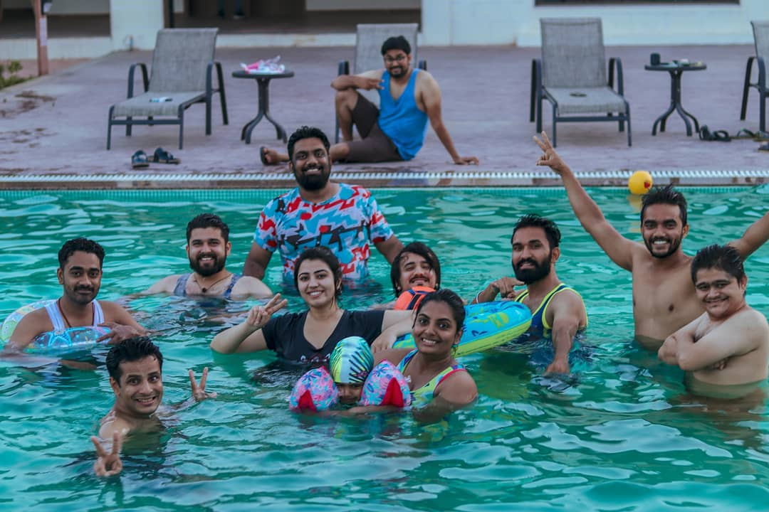 Usually Throwbacks are for the memories we have which are few months or years old but my today's Throwback Thursday Post is of my yesterday's memory but it feels like it was long time back... Pool Party With @thecomedyfactoryindia team at @fernsattvaresortpoloforest . 📸 @pratikxox . #tcf #thecomedyfactory #nautankideep #nautanki #pool #throwbackthursday #tbt #poolparty