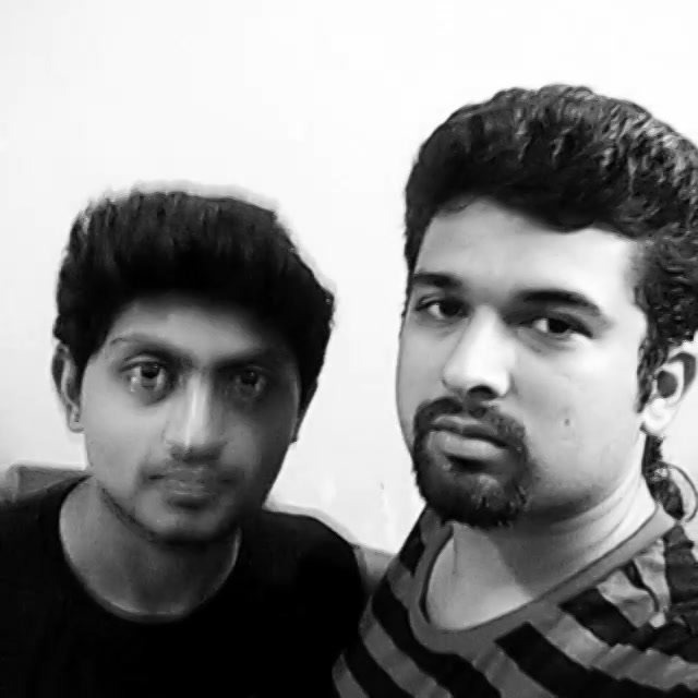 Selfish Selfie with my brother from another mother... Tag Your Selfie Crazy Friends ... #selfishselfie #nautanki #brothers #vellapanti #instavyne