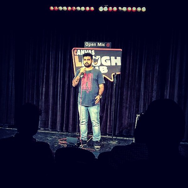 Performed @canvaslaughclub's open mic yesterday for the first time & got a really very nice response from the audience as well as comics https://t.co/eNX9GYSSKk